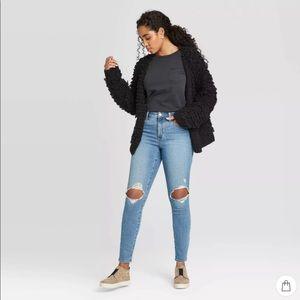 Universal thread woman jeans light blue high rise
